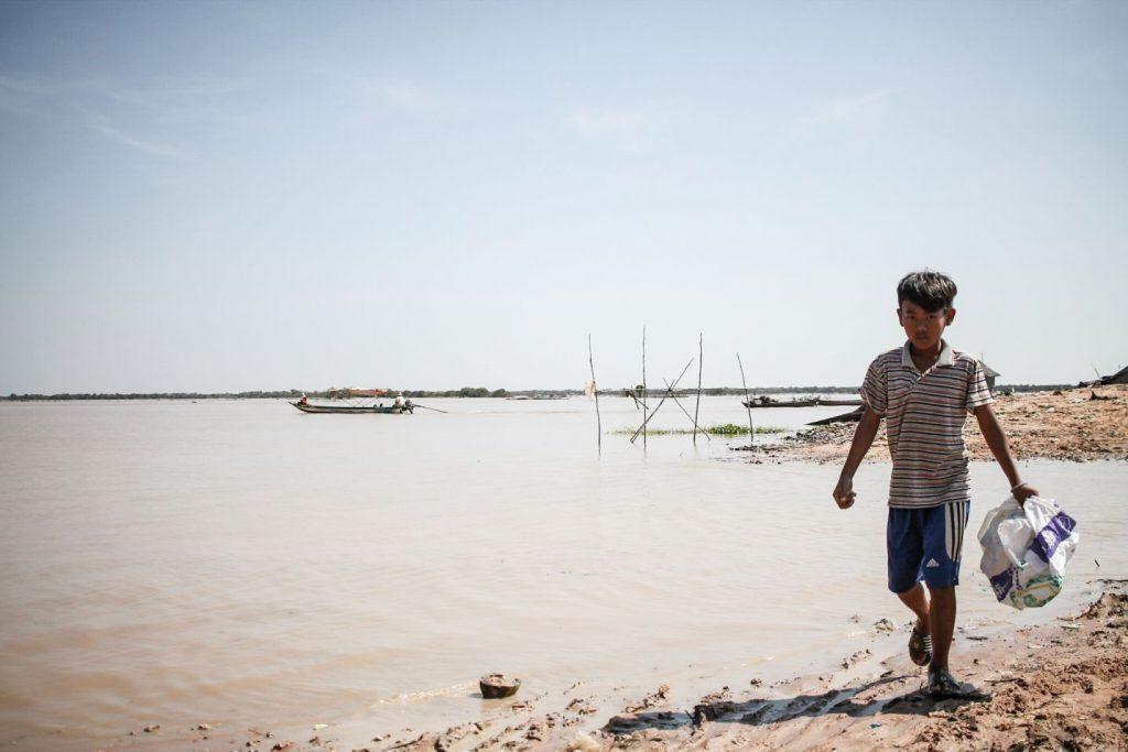 menino-camboja