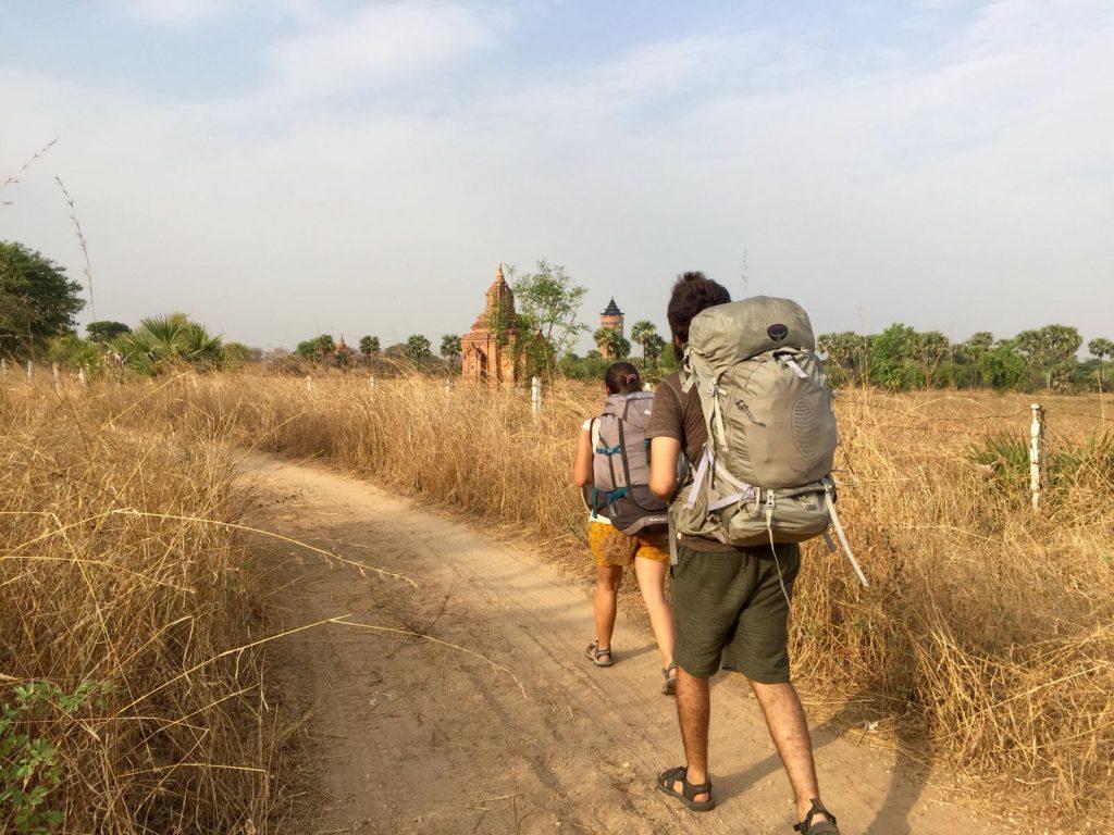 backpackers-myanmar