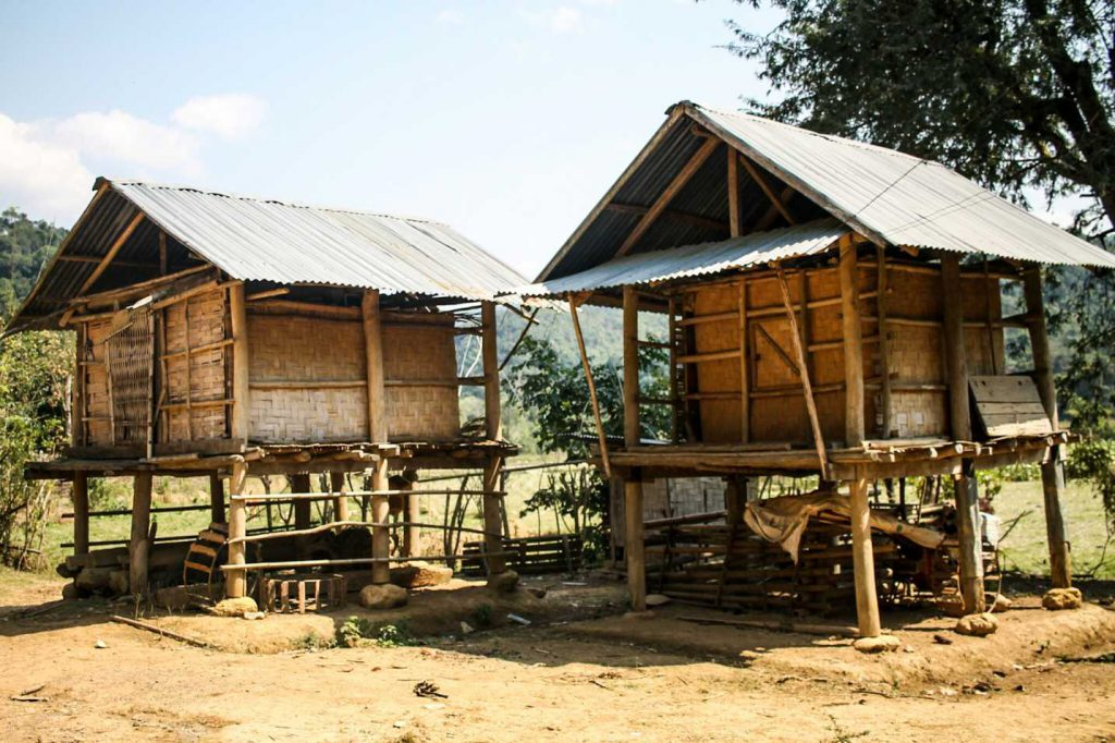 casa-aldea-vizinha-muang-ngoi