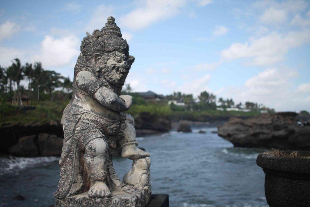 bali-estatua