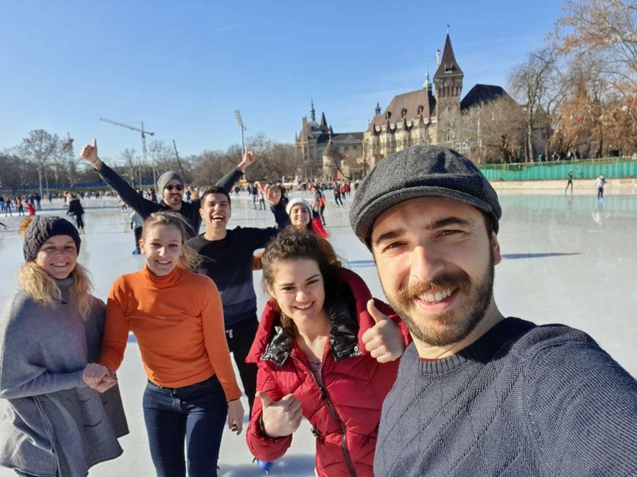 patinar-gelo-budapeste