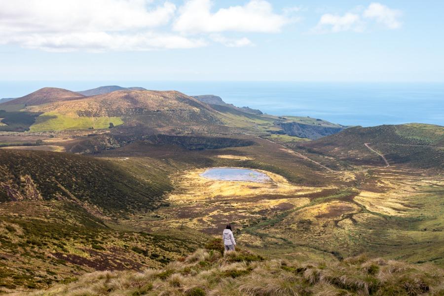 Vista do Morro Alto para a Lagoa Branca na Ilha das Flores nos Açores